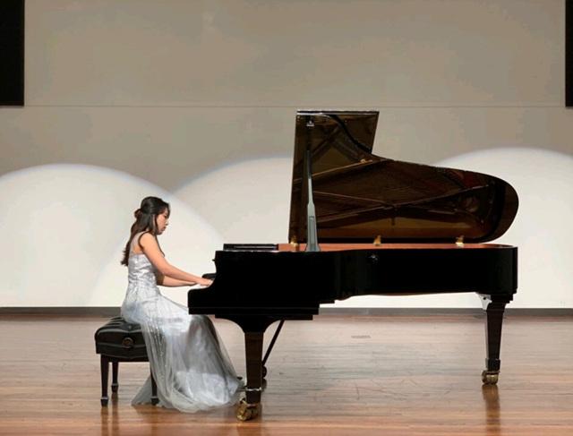 2019 05 03 Choi Pauline Piano 01.jpg