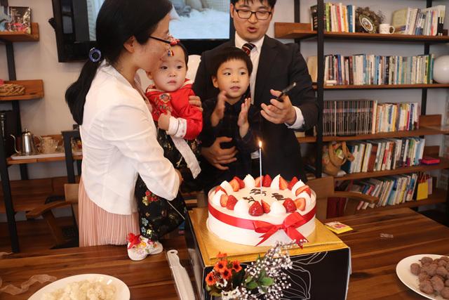2019 0504 Jung Irej 1st Birthday 07.jpg