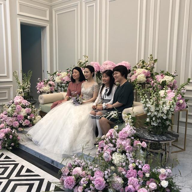 2019 05 18 David & Rebecca Lee Wedding 038.jpg