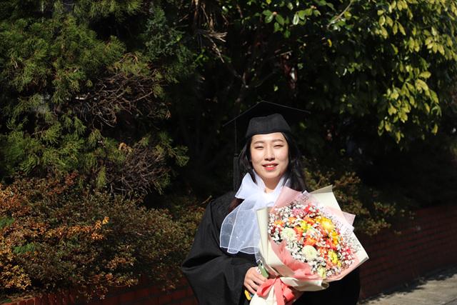 2020 02 20 Pauline Choi Graduation (31).jpg