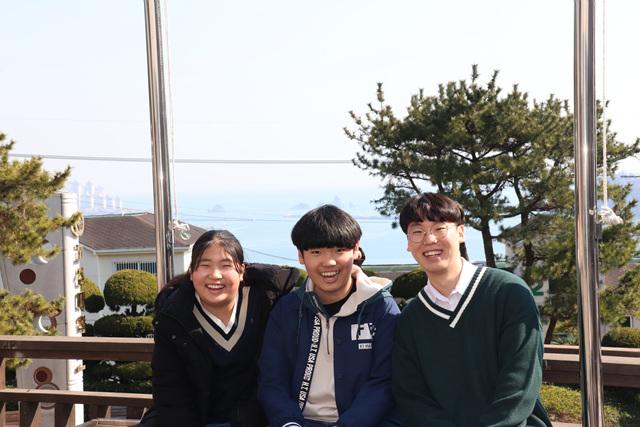 2020 02 20 Pauline Choi Graduation (98).jpg