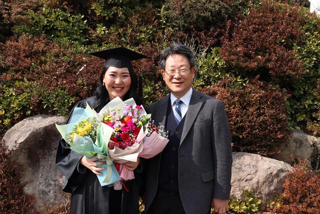 2018 02 09 Inje Uni Graduation 302.jpg
